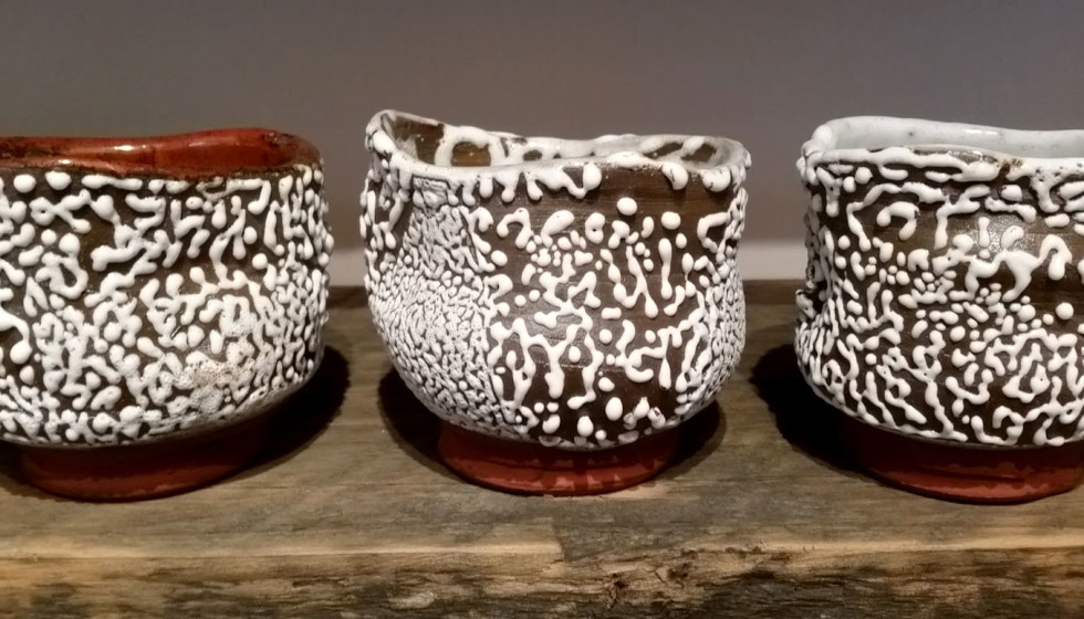 Yunomi with beads glaze